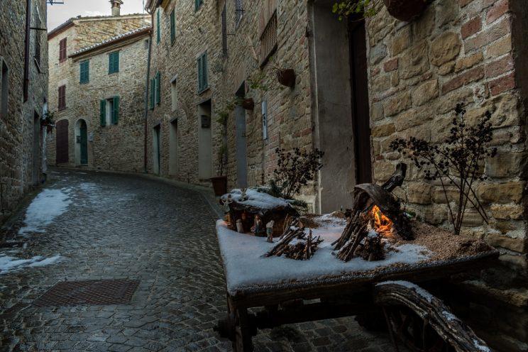 I presepi nascosti di Castiglioni di Arcevia
